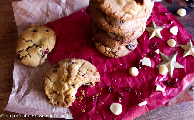 Cranberry, Macadamia Nut and White Chocolate Cookies One Perfect Mess recipe biscuits easy chewy crunchy Christmas baking moist 5