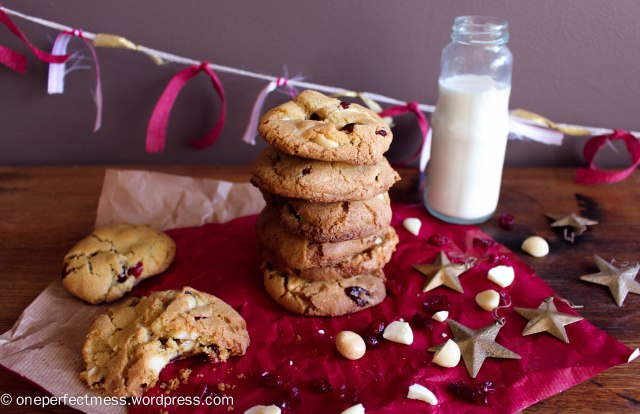 Cranberry, Macadamia Nut and White Chocolate Cookies One Perfect Mess recipe biscuits easy chewy crunchy Christmas baking moist 7