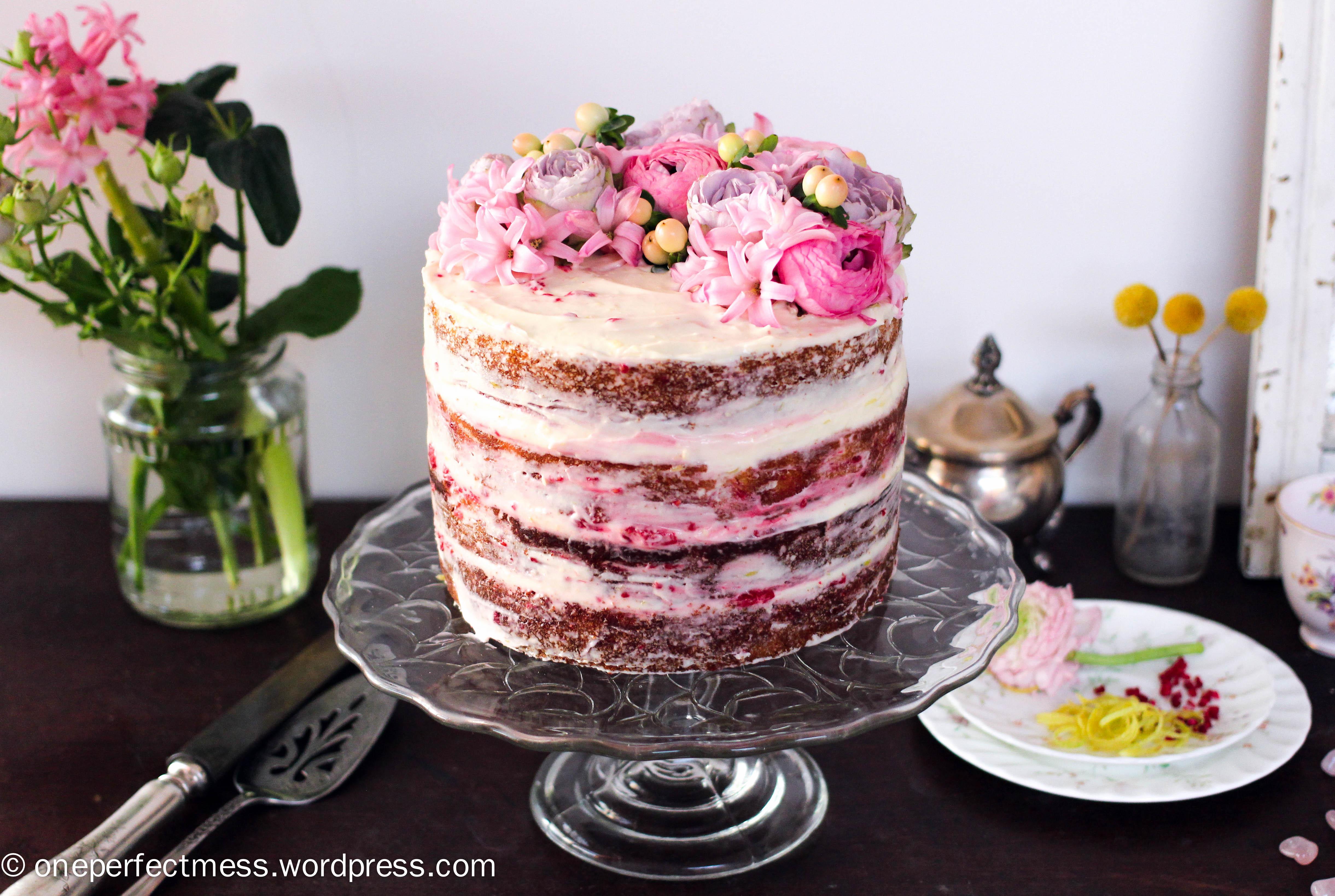 Raspberry and cream sponge cake recipe - Good cake recipes